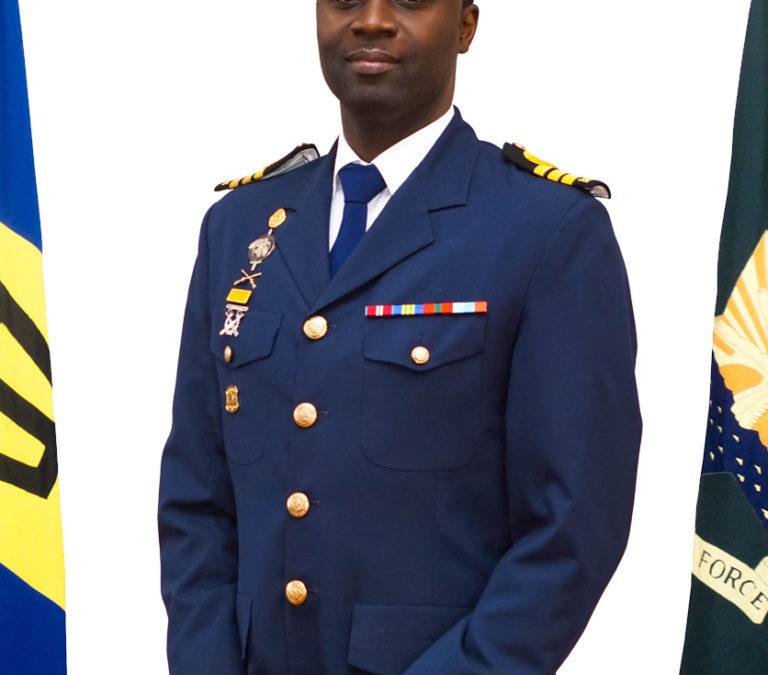 BDF Commander Graduates IMET